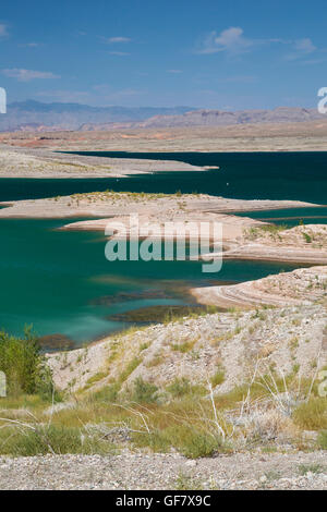 Las Vegas, Nevada - The water level in Lake Mead has fallen 150 feet below full, and is now at 37% of capacity due - Stock Photo
