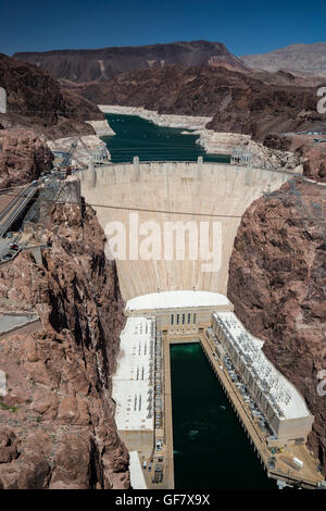Las Vegas, Nevada - Hoover Dam and Lake Mead beyond. The white 'bathtub ring' indicates the water level when full. - Stock Photo