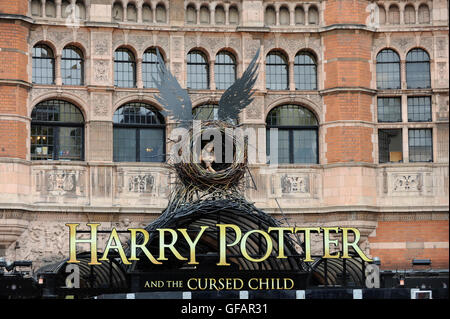 London, UK.  30 July 2016.  The opening gala of the new play by JK Rowling called 'Harry Potter and the Cursed Child' - Stock Photo