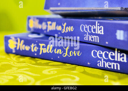 Belfast, Northern Ireland, UK. 16th Nov 2013 - Irish author Cecelia Ahern signs copies of her new book 'How To Fall - Stock Photo