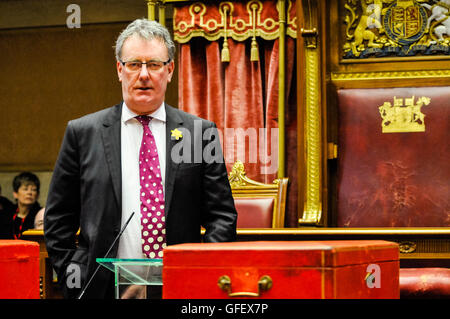 Belfast, Northern Ireland. 10 Mar 2014 - Mike Nesbit (UUP leader) addresses the audience at the Victims' Day ceremony, - Stock Photo