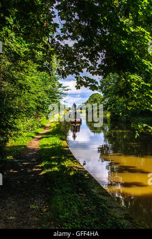 Boat on Macclesfield Canal Cheshire. - Stock Photo