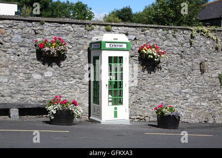 Telefon box telephone box Irish - Stock Photo