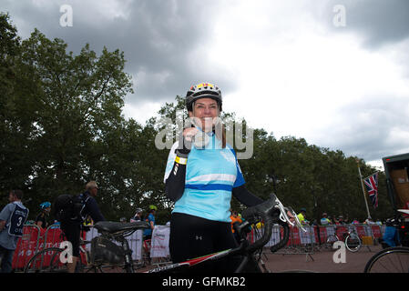 London, UK. 31st July, 2016. Prudential Ride London 2016 - Men's Classic with Team Sky, Team GB, Chris Froome ant - Stock Photo