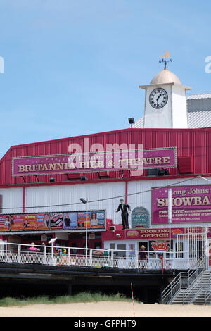 Britannia Pier & Theatre Great Yarmouth - Stock Photo