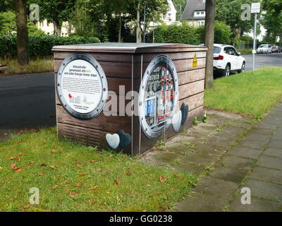 An electrical substation in Cologne, Germany, 31 July 2016. RheinEnergie is sprucing up the substations with artistic - Stock Photo