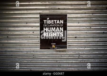 Dharamsala, Himachal Pradesh, India. 14th May, 2013. File Image -Tibetan declaration of human rights poster in in - Stock Photo