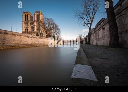 Cathédrale Notre-Dame de Paris, Notre Dame de Paris, Paris, France - Stock Photo
