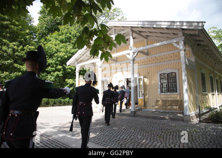 Changing of the Royal Guards at The Royal Palace, official residence of the present Norwegian monarch King Harald, - Stock Photo
