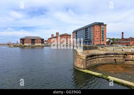 Waterside and Waterloo Dock apartments, Liverpool, Merseyside, England, UK. - Stock Photo