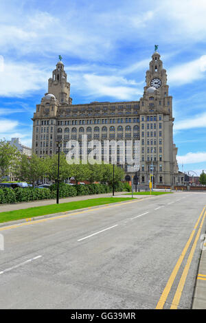 The Royal Liver Building, Pier Head, Liverpool, Merseyside, England, UK. - Stock Photo