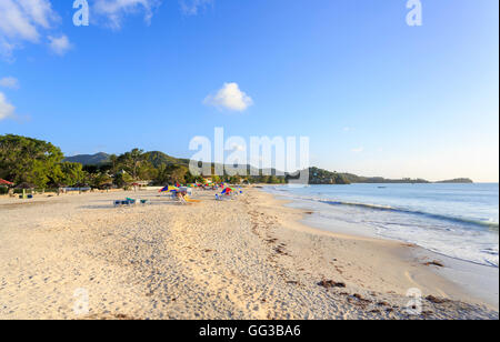Antiguan landscape and sightseeing: unspoilt, uncrowded golden sand beach at Jolly Harbour, south-west Antigua on - Stock Photo