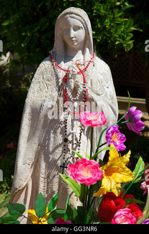 Garden statue, Mission San Juan Bautista, San Juan Bautista, California - Stock Photo