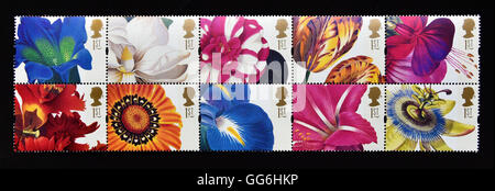 Postage stamps. Great Britain. Queen Elizabeth II. 1997. Greetings Stamps. 19th.Century Flower Paintings. Se-tenant - Stock Photo