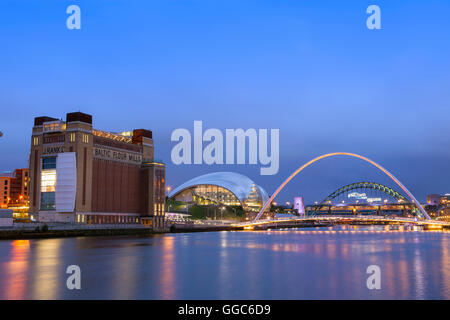 geography / travel, Great Britain, Tyne and Wear, Gateshead, Baltic Centre for Contemporary Art, Sage Gateshead - Stock Photo