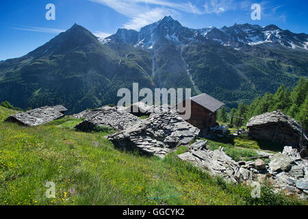 Picturesque Louche hamlet near Arolla, Val d'Hérens, Switzerland - Stock Photo