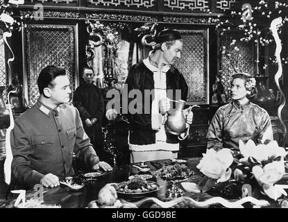 DIE HERBERGE ZUR 6. GLÜCKSELIGKEIT / The Inn of the Sixth Happiness USA 1958 / Mark Robson Szene mit CURD JÜRGENS - Stock Photo