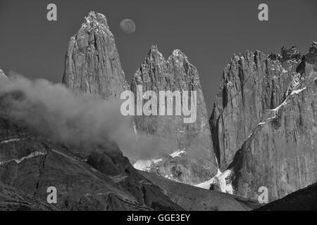 South America; Patagonia; Chile; Región de Magallanes y la Antártica,Torres del Paine; National Park; UNESCO; World - Stock Photo