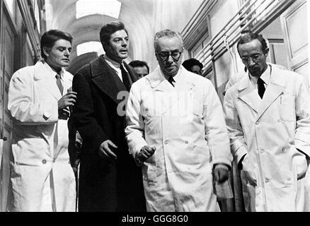 TAGEBUCH EINES SÜNDERS (GEHEIMES TAGEBUCH) / Cronaca familiare Italien 1962 / Valerio Zurlini Szene mit MARCELLO - Stock Photo
