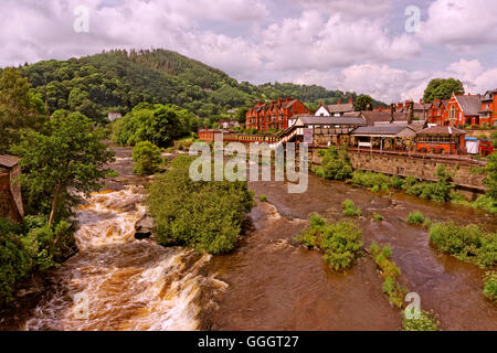 River Dee at LLangollen, Denbighshire, North Wales. - Stock Photo