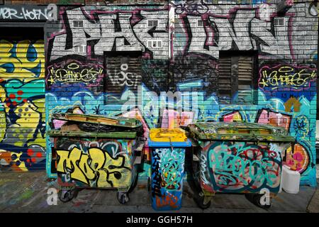 Australia. 06th Aug, 2016. Street art on walls and garbage bins around May Lane in St Peters on August 06, 2016, - Stock Photo