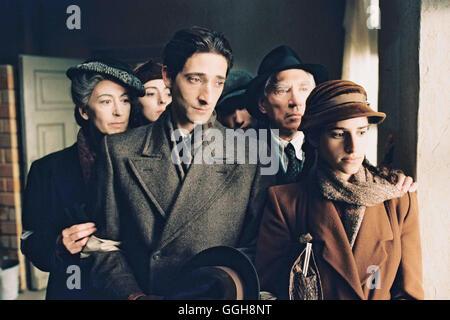DER PIANIST / F/P/D/GB 2002 / Roman Polanski Mutter Szpilman (MAUREEN LIPMAN), Halina (JESSICA KATE MEYER), Wladyslaw - Stock Photo