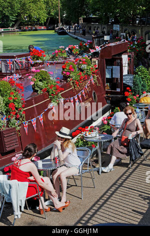 Boat cafes in Little Venice, Regent's Canal, Camden, London, England, United Kingdom - Stock Photo