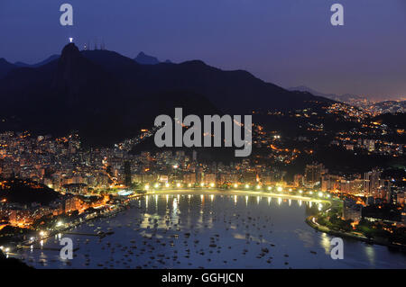 Rio de Janeiro. 28th November, 2015. View from Sugarloaf Mountain. © Nigel Pacquette/Alamy Stock News - Stock Photo