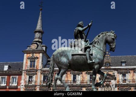 King Philip III statue, Plaza Mayor, Madrid, Spain - Stock Photo