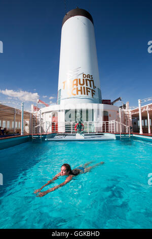 People in cruise ship swimming pools and relaxing on the - Swimming pool seville ...