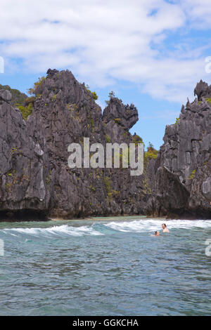 Bizarre rock formations in the archipelago Bacuit near El Nido, Palawan Island, South China Sea, Philippines, Asia - Stock Photo