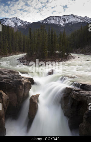 Sunwapta River, Jasper National Park, Icefields Parkway, Alberta, Rocky Mountains, Canada - Stock Photo