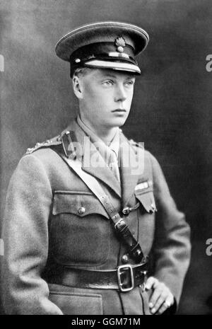 Edward VIII. Portrait of The Prince of Wales, future King Edward VIII and Duke of Windsor (1894-1972), in army uniform. - Stock Photo