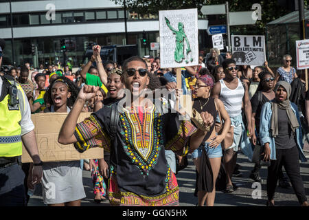 London, UK. 6th August, 2016. Black Lives Matter protest march and demonstration through Westminster towards Downing - Stock Photo