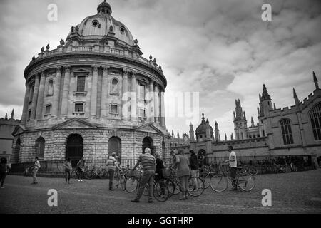 Radcliffe Camera, Oxford (University). 2016. Street Scene. This building was formerly known as 'Physics Library'. - Stock Photo