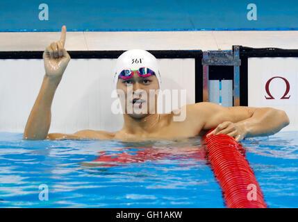 Rio De Janeiro, Brazil. 7th Aug, 2016. Sun Yang of China celebrates after the men's 200m freestyle swimming semifinal - Stock Photo