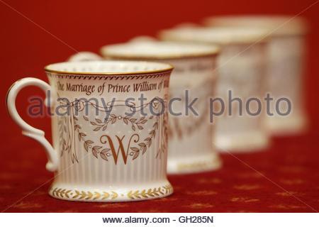 The Buckingham Palace Shop Buckingham Palace Road London England Stock Photo Royalty Free
