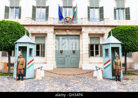 BUDAPEST, HUNGARY - JULY 24, 2014 : Ceremonial guard at the Presidential Palace. They guard the entrance of the - Stock Photo