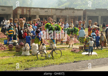 geography / travel, Rwanda, market in a village near of the town Busengo, Additional-Rights-Clearance-Info-Not-Available - Stock Photo