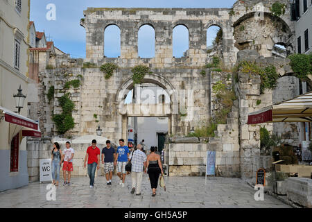 geography / travel, Croatia, east gate (Porta Argentea) of the Diocletian's Palace, grit, Split Dalmatia zupa, Adriatic - Stock Photo
