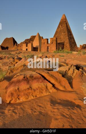geography / travel, Sudan, pyramid of the Northern cemetery of Meroe, black Pharaohs, Nubia, Nahr an-Nil, Additional - Stock Photo