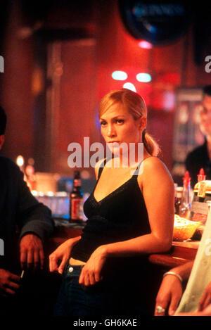 ANGEL EYES / Angel Eyes USA 2001 / Luis Mandoki Die Chicagoer Polizistin Sharon Pogue (JENNIFER LOPEZ) gerät bei - Stock Photo
