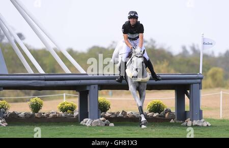 Rio de Janeiro, Brazil. 8th August, 2016. Fence 31. Clarke Johnstone (NZL) riding BALMORAL SENSATION. Equestrian - Stock Photo