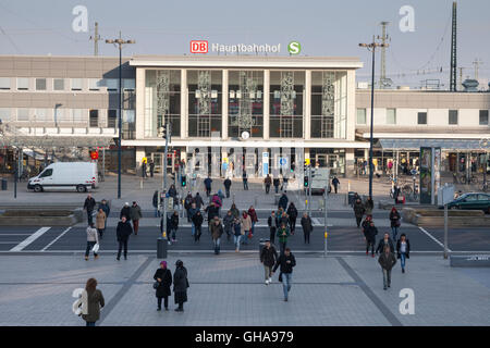 geography / travel, Germany, North Rhine-Westphalia, Ruhr area, Dortmund, central station, Additional-Rights-Clearance - Stock Photo