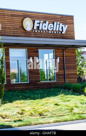 A Fidelity Investments storefront in San Jose California - Stock Photo