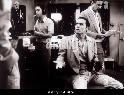 DONNIE BRASCO USA 1997 Mike Newell Szene mit Donnie Brasco/Joe Pistone (JOHNNY DEPP) Regie: Mike Newell - Stock Photo