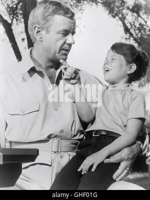 DAKTARI USA 1966-1969 Paul Landres, Otto Lang Dr. Marsh Tracy (MARSHALL THOMPSON) and little Jenny (ERIN MORIN) - Stock Photo