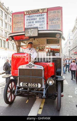 Veteran bus General AEC K-type K424 made in 1921 on display at the Regent Street Motor Show, London, UK. - Stock Photo