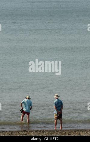 Aberystwyth Wales UK, Wednesday 14 September 2016  UK weather: People enjoying themselves in the hot sunshine in - Stock Photo