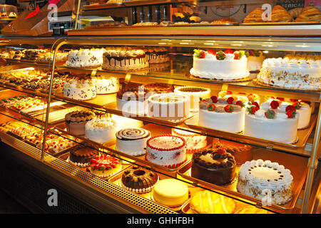 The Bronx, New York. October 30, 2015. A pastry shop in the Italian community of Arthur Avenue.  © Veronica Bruno - Stock Photo